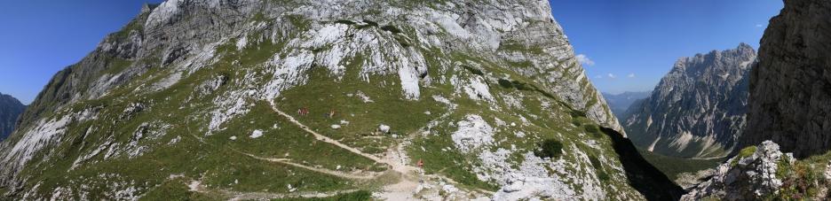 Luknja-Pass